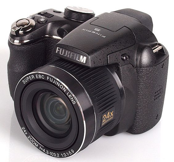 Цифровые фотоаппараты: хиты продаж мая и июня 2012