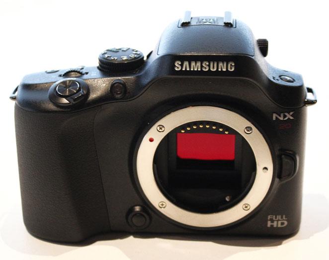Samsung NX20 — лучшая продвинутая КСК по версии EISA