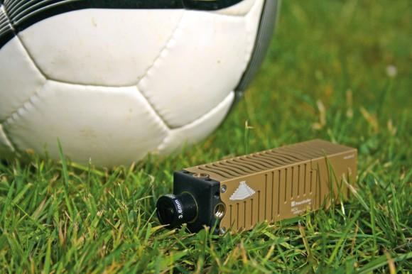 Мини-камера INCA записывает метаданные для спортсменов