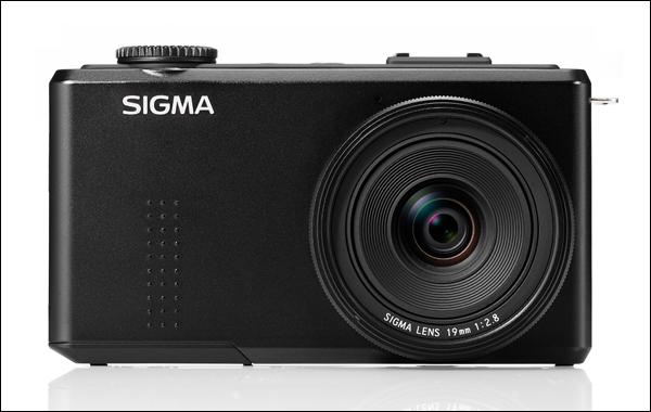 Фотоаппарат Sigma DP1 Merrill поступит в продажу в сентябре