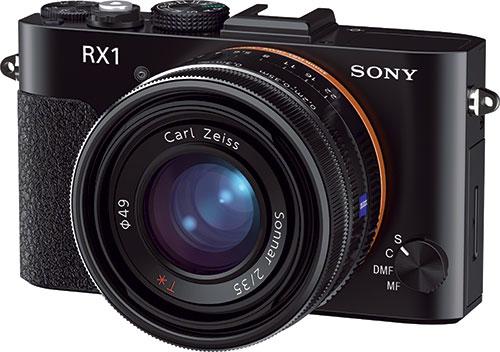 Sony DSC-RX1 — первая компактная камера, обладающая полноразмерной матрицей.