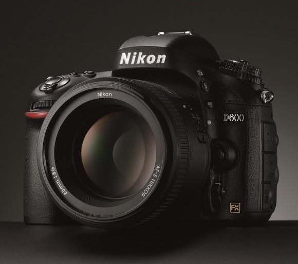 Самая доступная полнокадровая камера. Подробный обзор Nikon D600