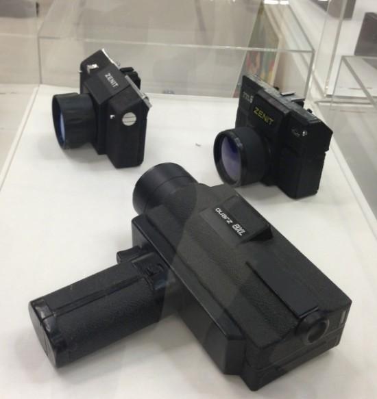 """На выставке Советского дизайна показали культовые фотокамеры """"Зенит"""""""