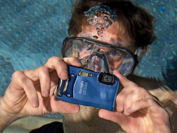 Фотоаппарат-вездеход. Обзор защищенной компактной камеры Olympus TG-820 iHS