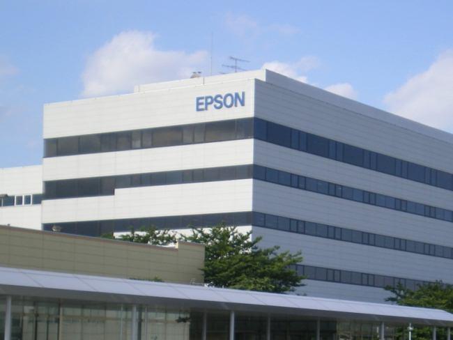 Seiko Epson будет поставлять производителям фотокамер ЖК-панели высокой четкости