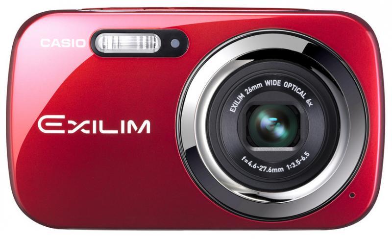 Casio дополняет серию аппаратов Exilim тремя стильными фотокамерами