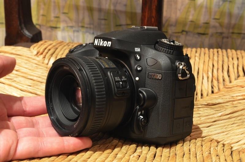 Nikon представила новый зеркальный фотоаппарат среднего уровня D7100
