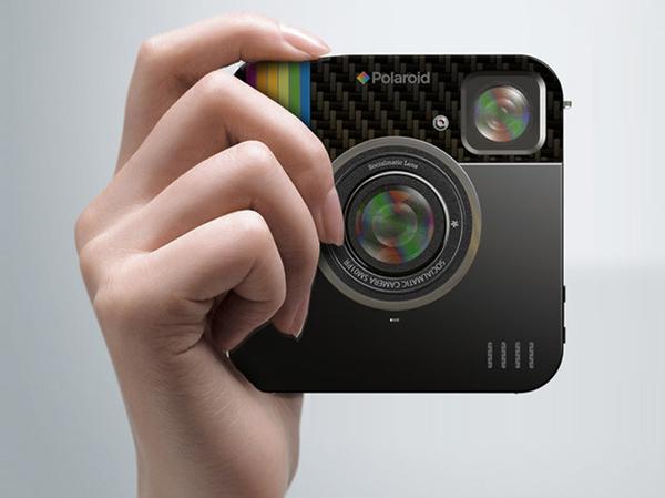 Компания Polaroid, по сообщениям сетевых источников, готовит к выпуску фотоаппарат Socialmatic для поклонников социальных сетей