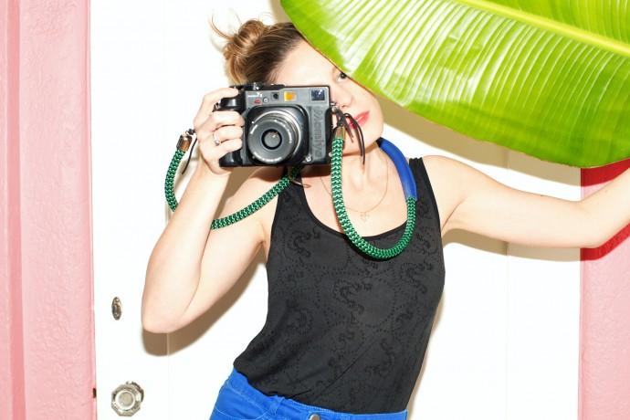Необычные и яркие ремни для фототехники предлагают дизайнеры из Нью-Йорка