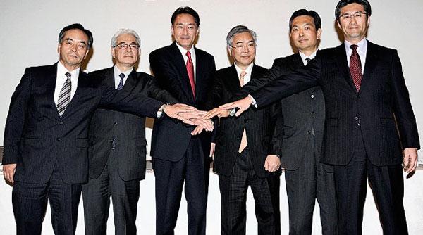 Canon и Nikon договорились о переходе на единый байонет