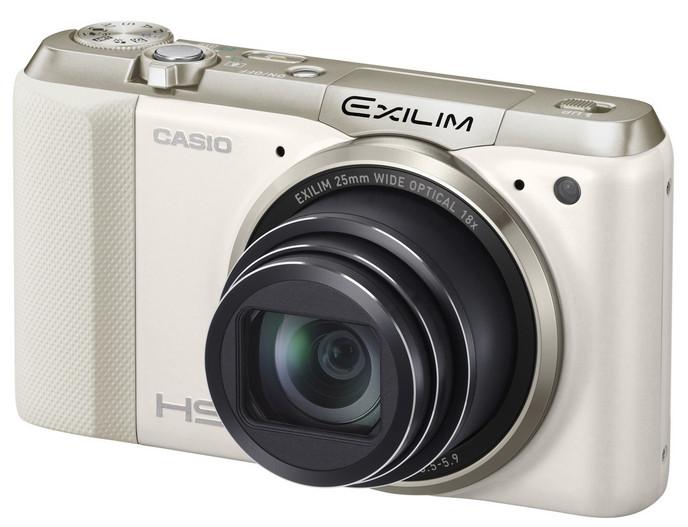 Casio представила новый компактный фотоаппарат EXILIM EX-ZR800