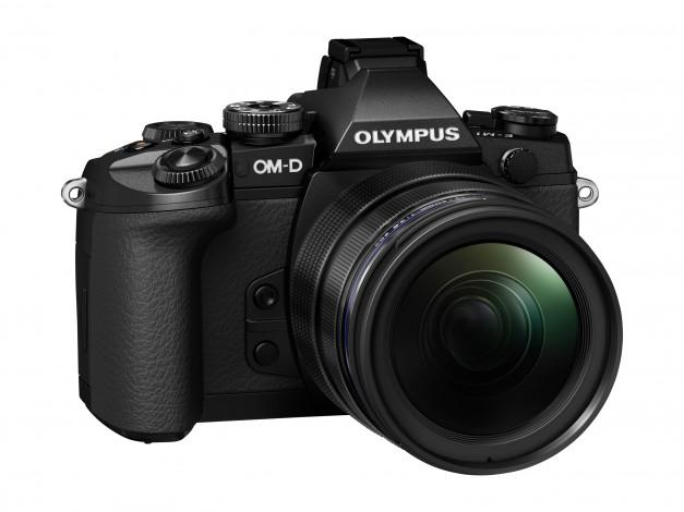 Камера Olympus OM-D E-M1 со сменной оптикой представлена официально