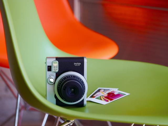Новая пленочная камера для моментальных снимков