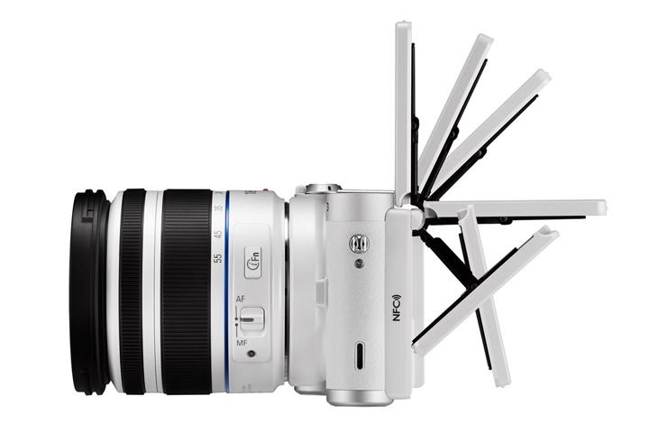 Компания Samsung анонсировала беззеркальный фотоаппарат со сменной оптикой NX300M