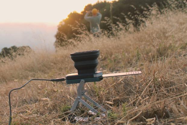 FlameStower поможет зарядить фотоаппарат