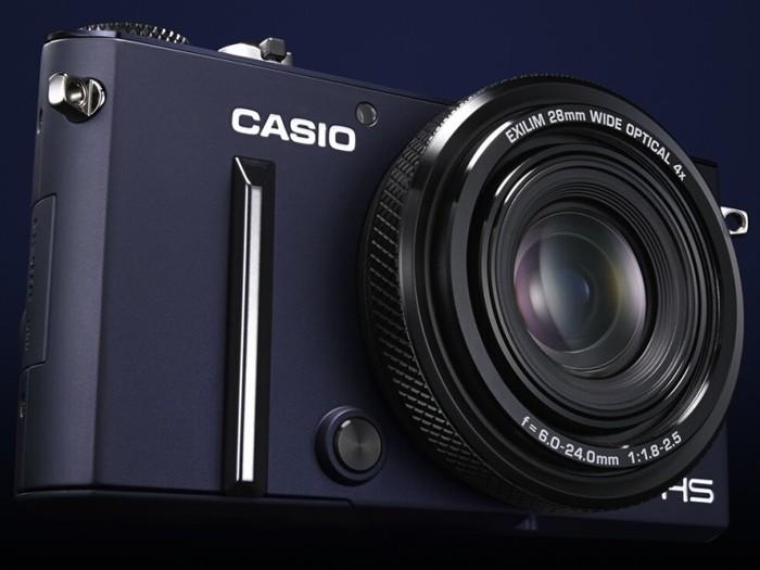 Casio официально представила новый компактный фотоаппарат Exilim EX-10