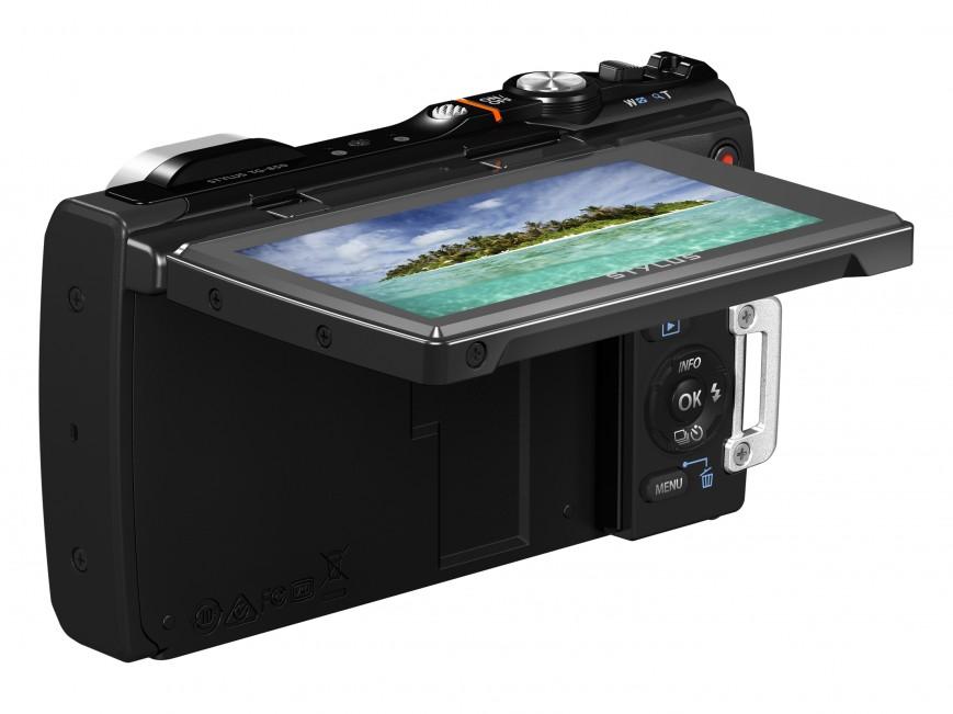 Olympus TG-850 получила откидной дисплей