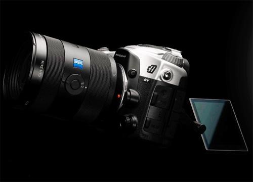 Фотоаппарат Hasselblad HV получил корпус из высококачественных материалов