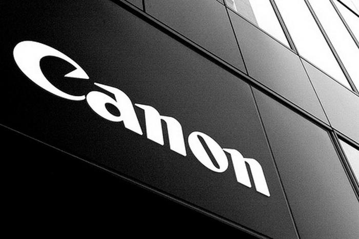 Canon показала свои фотоновинки в России
