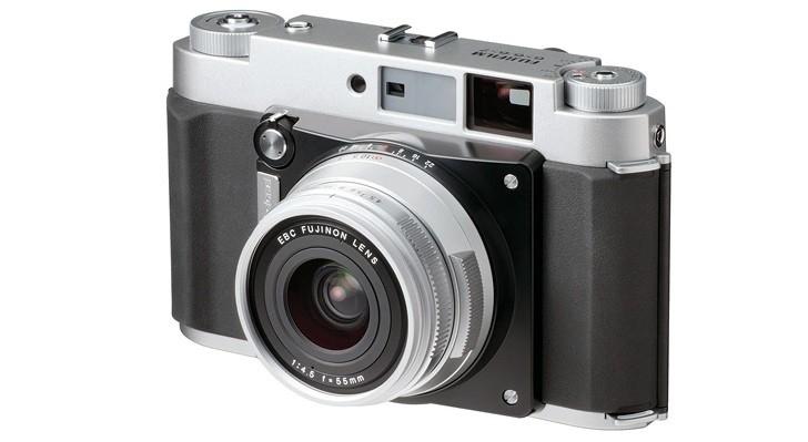 Компания Fujifilm планирует выпустить цифровую беззеркальную камеру с матрицей среднего формата