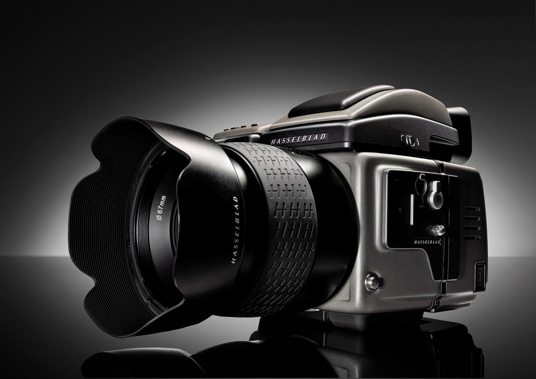 Цифровой задник CFV-50c подойдет почти ко всем камерам системы V, выпущенным с 1957 года