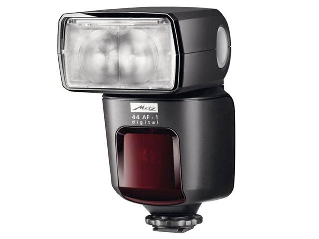 Компания Metz скоро порадует владельцев камер Canon и Nikon новыми вспышками
