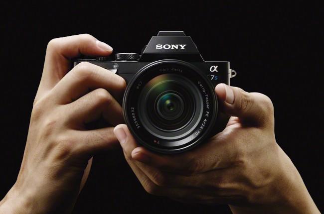 Sony 5 августа провела мини-презентацию, в ходе которой представил украинским фотографам новые модели цифровых камер