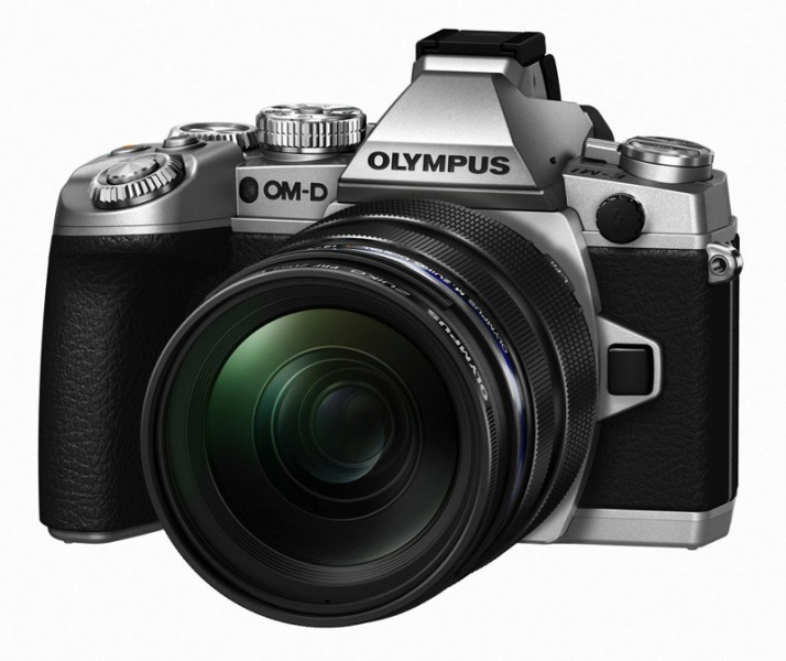 Компания Olympus в рамках выставки Photokina 2014 представила серебряную камеру OM-D E-M1