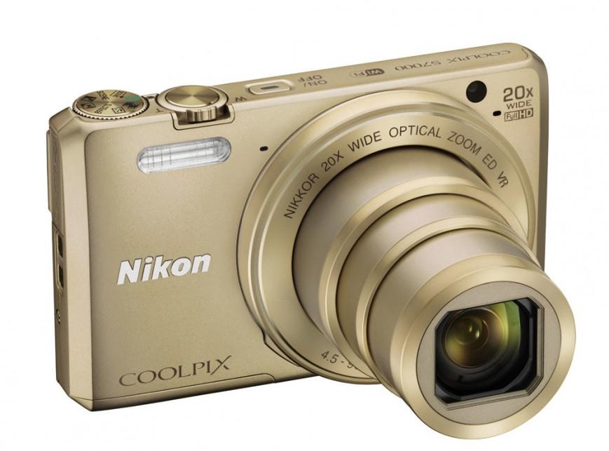 Компания Nikon представила две новые модели камер с мощным зумом и функцией обмена изображениями: CoolPix S9900 и CoolPix S7000
