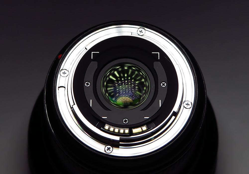 Canon выпустил самый широкоугольный прямолинейный полнокадровый объектив