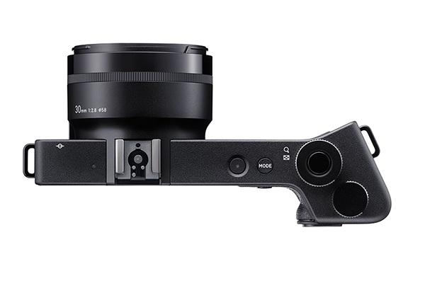 Новейшая модель dp0 из линейки компактных камер Sigma Quattro поступит в продажу в конце июня 2015
