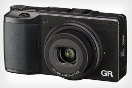 Компания Ricoh анонсировала компактную камеру Ricoh GR II