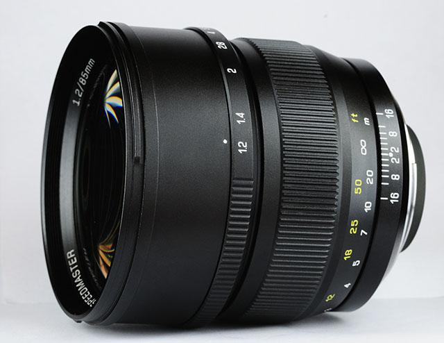 Компания ZY Optics анонсировала Mitakon Speedmaster 85mm f/1.2.