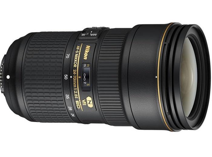 Компания Nikon  показала свои новые объективы