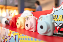 Fujifilm Instax- камера моментальной печати