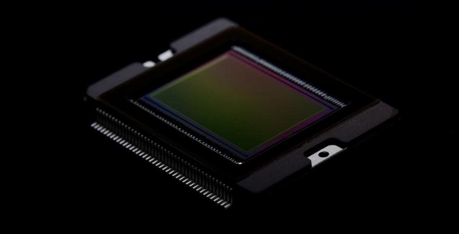Canon создаст APS-H-CMOS-матрицы, которая при физических размерах 29,2х20,2 мм обладает рекордным разрешением – 250 Мп