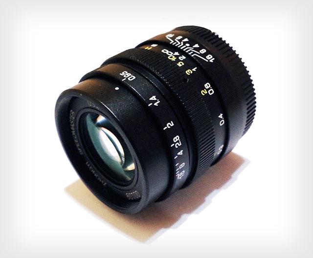 Компания Zhong Yi Optics анонсировал официально выпуск объектива Mitakon 25mm f/0.95