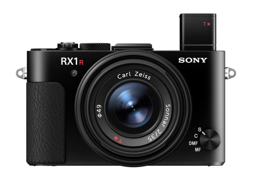 Компания Sony представила новую высококлассную камеру компактного форм-фактора — Sony RX1R II