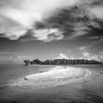 В Галерее Классической Фотографии на Саввинской набережной открывается выставка Клайда Батчера «Широко открытые пространства»