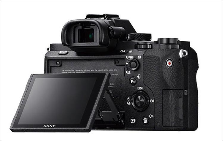 В скором времени станет доступно новое программное обеспечение для полнокадрового беззеркального фотоаппарата A7 II