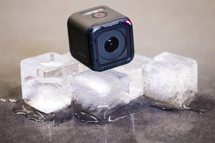 Корпорация C&A Marketing Inc. обратилась в суд с требованием запретить продажи экшен-камеры GoPro Hero4 Session
