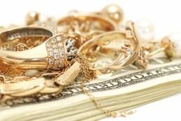 Что необходимо, чтобы сдать золото в скупку?
