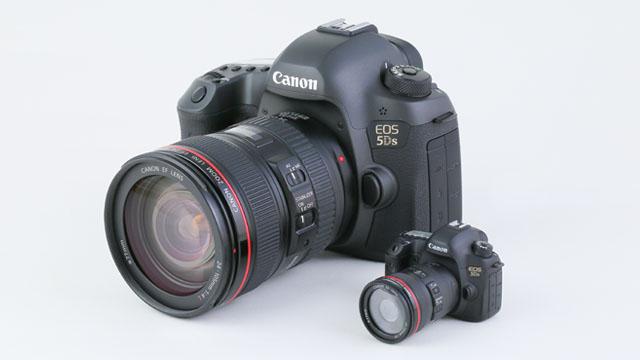 Магазин Canon начал предлагать миниатюрную модель зеркальной камеры 5Ds с двумя USB-флешками в виде объективов линейки L
