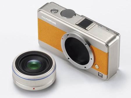 Olympus анонсирует новую камеру – первую в линейке цифровых камер PEN