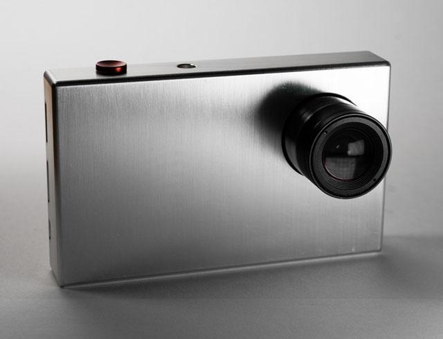 Tiny1 – камера-прототип, которую разработали трое участников стартапа TinyMOS