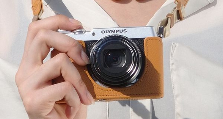 Компания Olympus анонсировала компактный фотоаппарат Stylus SH-3