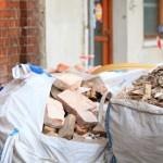Вывоз мусора - незаменимая услуга при строительстве, ремонте и переезде