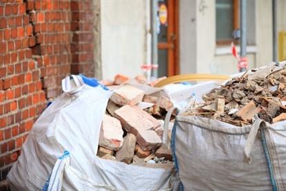 Вывоз мусора — незаменимая услуга при строительстве, ремонте и переезде