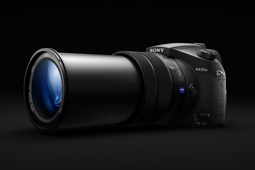 Компания Sony представила новую высококлассную камеру-ультразум Cyber-shot RX10 III