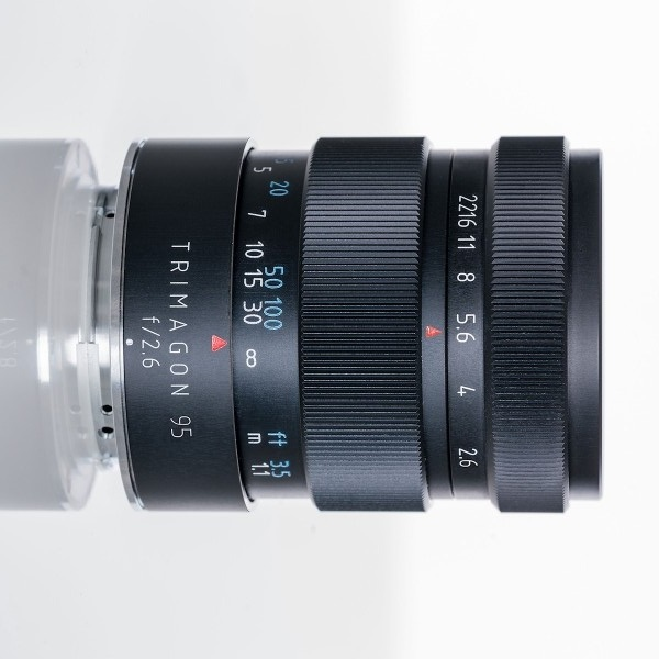 Немецкая компания Meyer-Optik выпускает объектив за объективом, на этот раз в продажу поступил портретный фикс Trimagon 95mm f/2.6